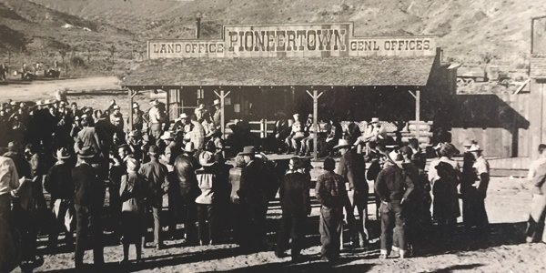 Pioneertown land development image - button